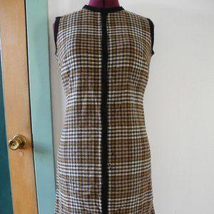 Super cute 60s Mod Houndstooth Knit Plaid Dress